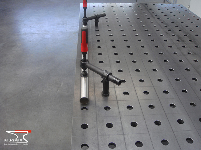 Detailed view on welding table