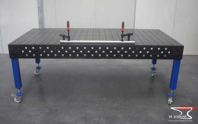 Welding table with holes on 4 sides